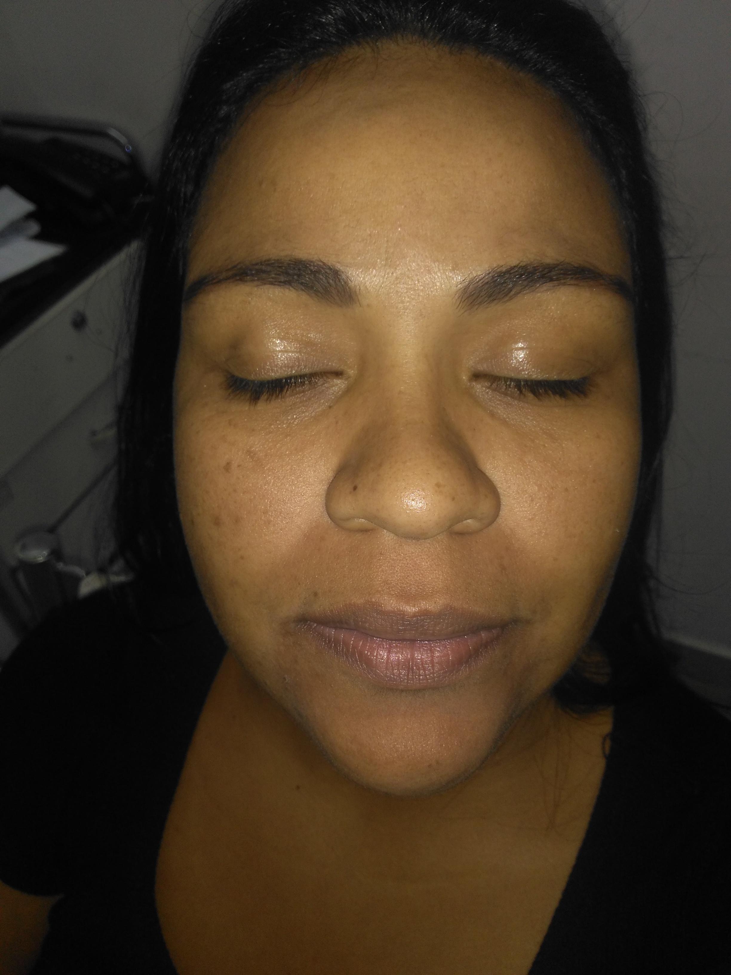 Antes da make maquiagem auxiliar cabeleireiro(a) manicure e pedicure