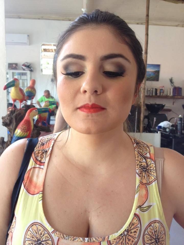#maquiagemnolitoral #madrinhadecasamento maquiagem cabeleireiro(a) maquiador(a)