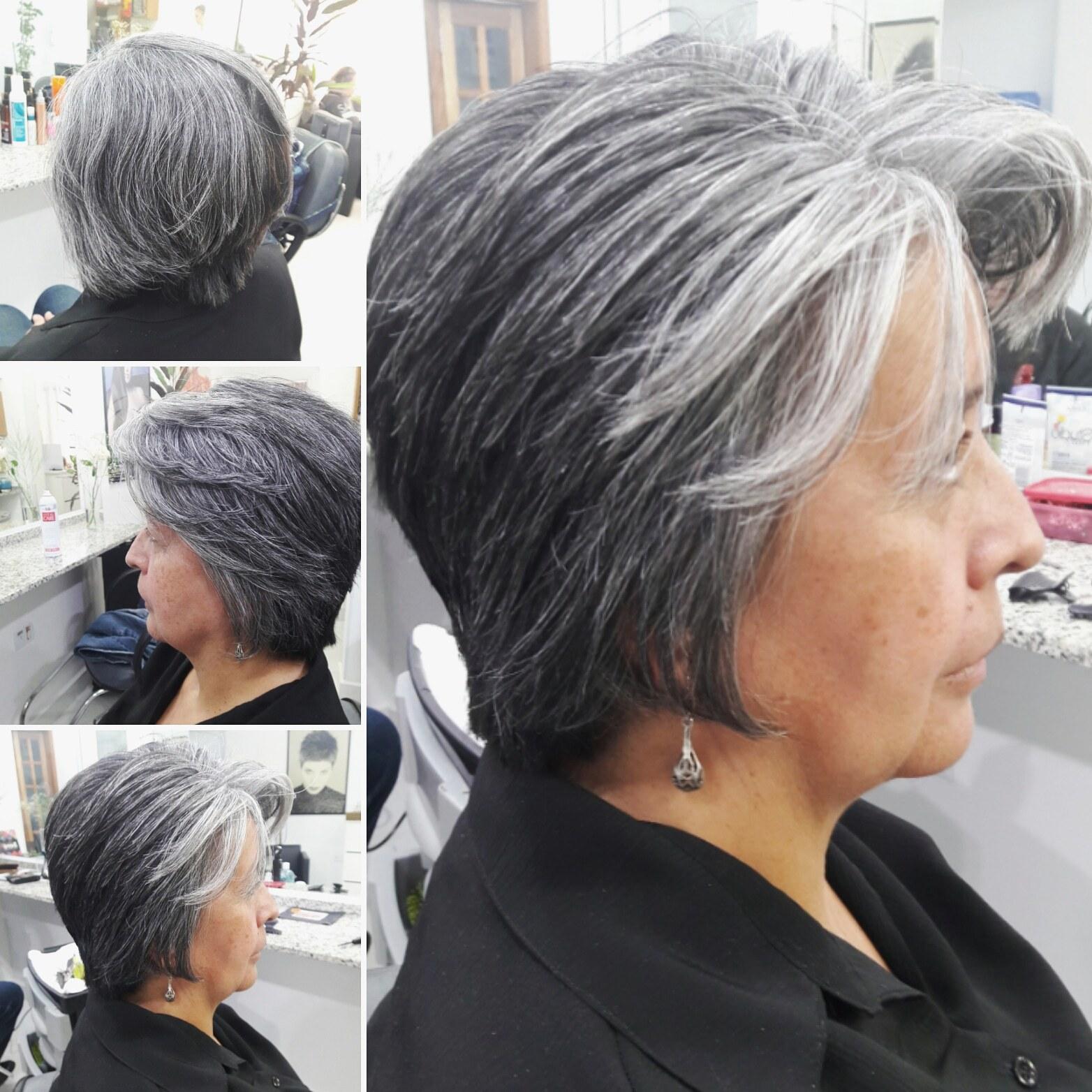 Corte e escova. cabelo cabeleireiro(a)