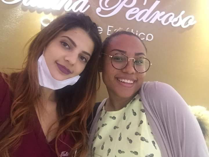 Talitha Cipriano, cantora e finalista do The Voice Brasil esteticista