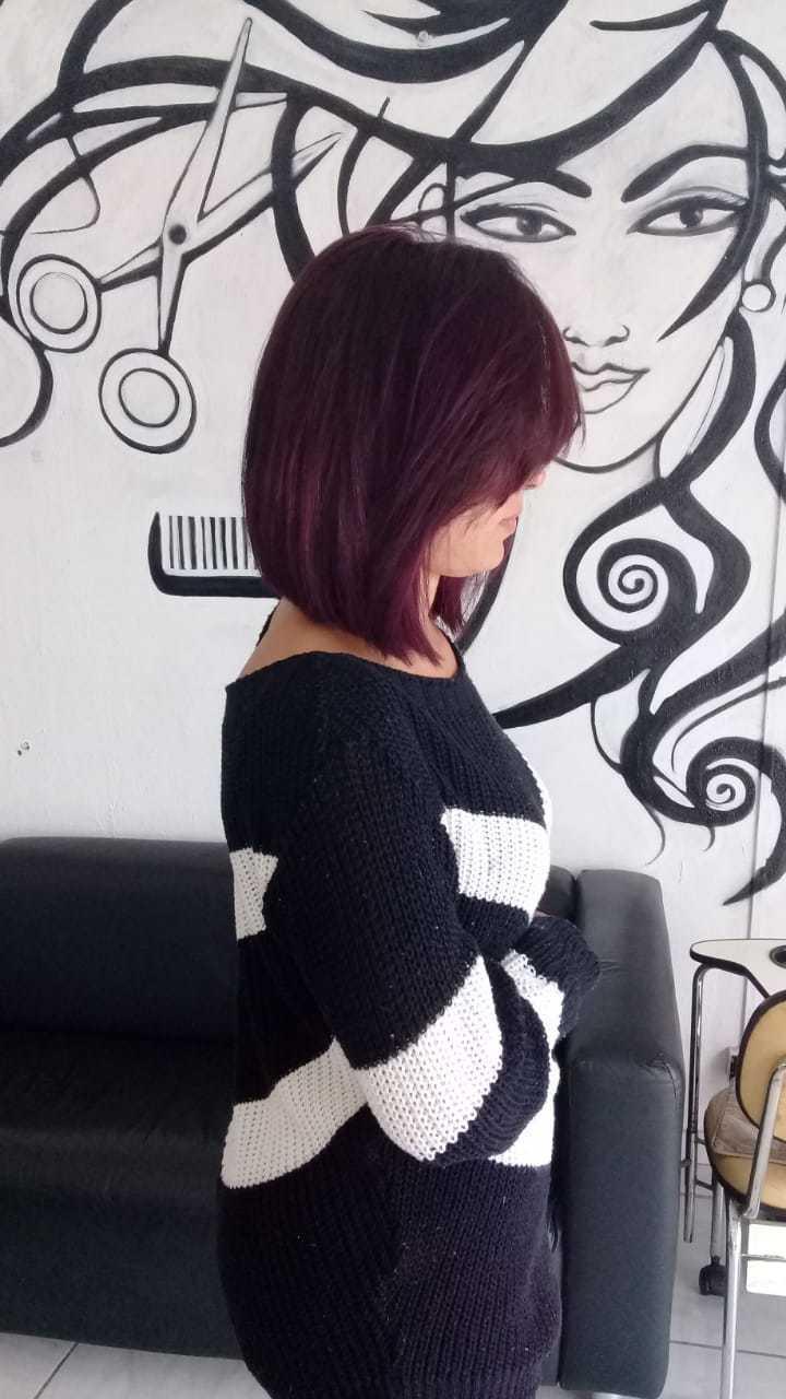 Depois do corte e coloração  cabelo auxiliar cabeleireiro(a) cabeleireiro(a)