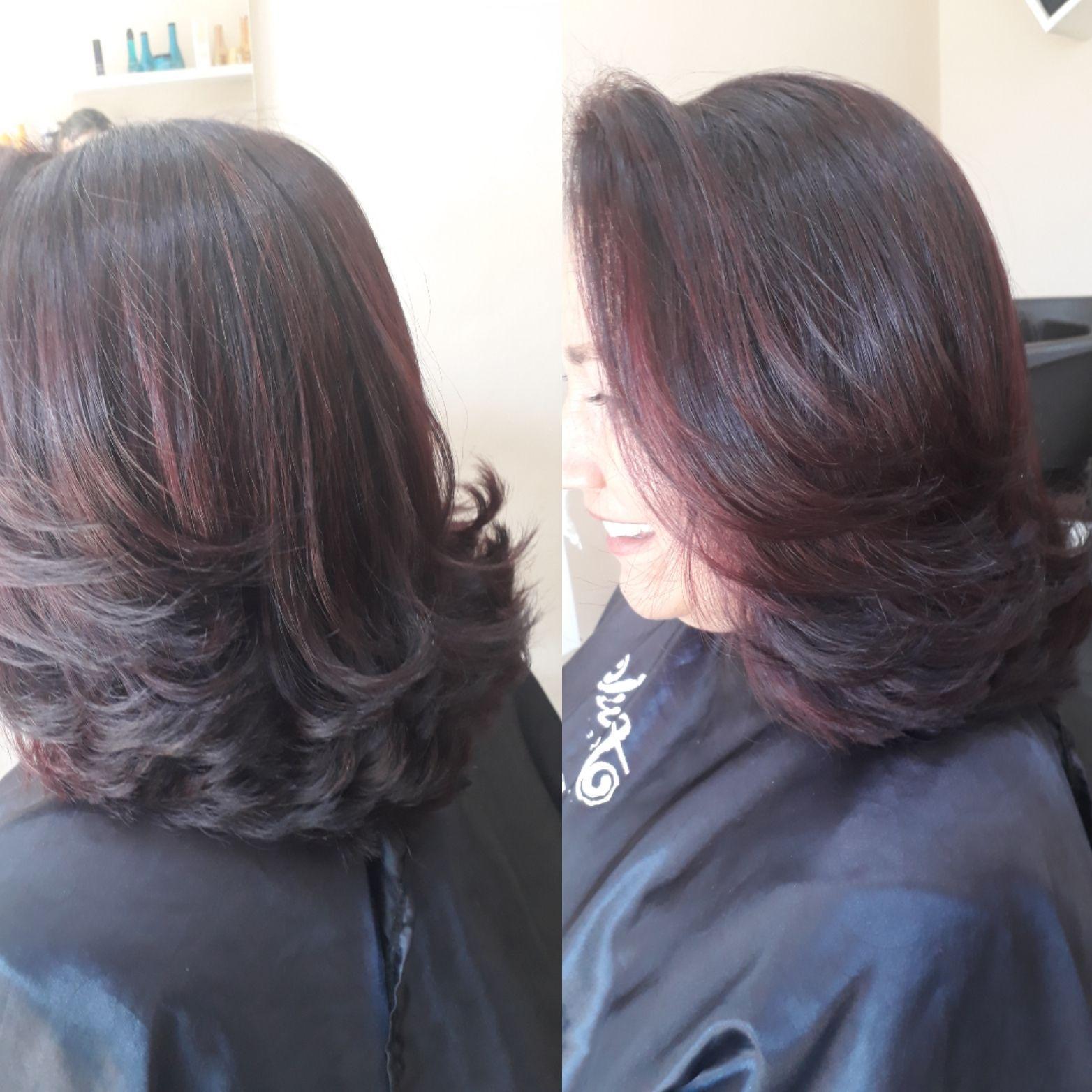 Um belo corte para realçar  toda beleza de suas madeixas ... cabelo cabeleireiro(a) maquiador(a) designer de sobrancelhas