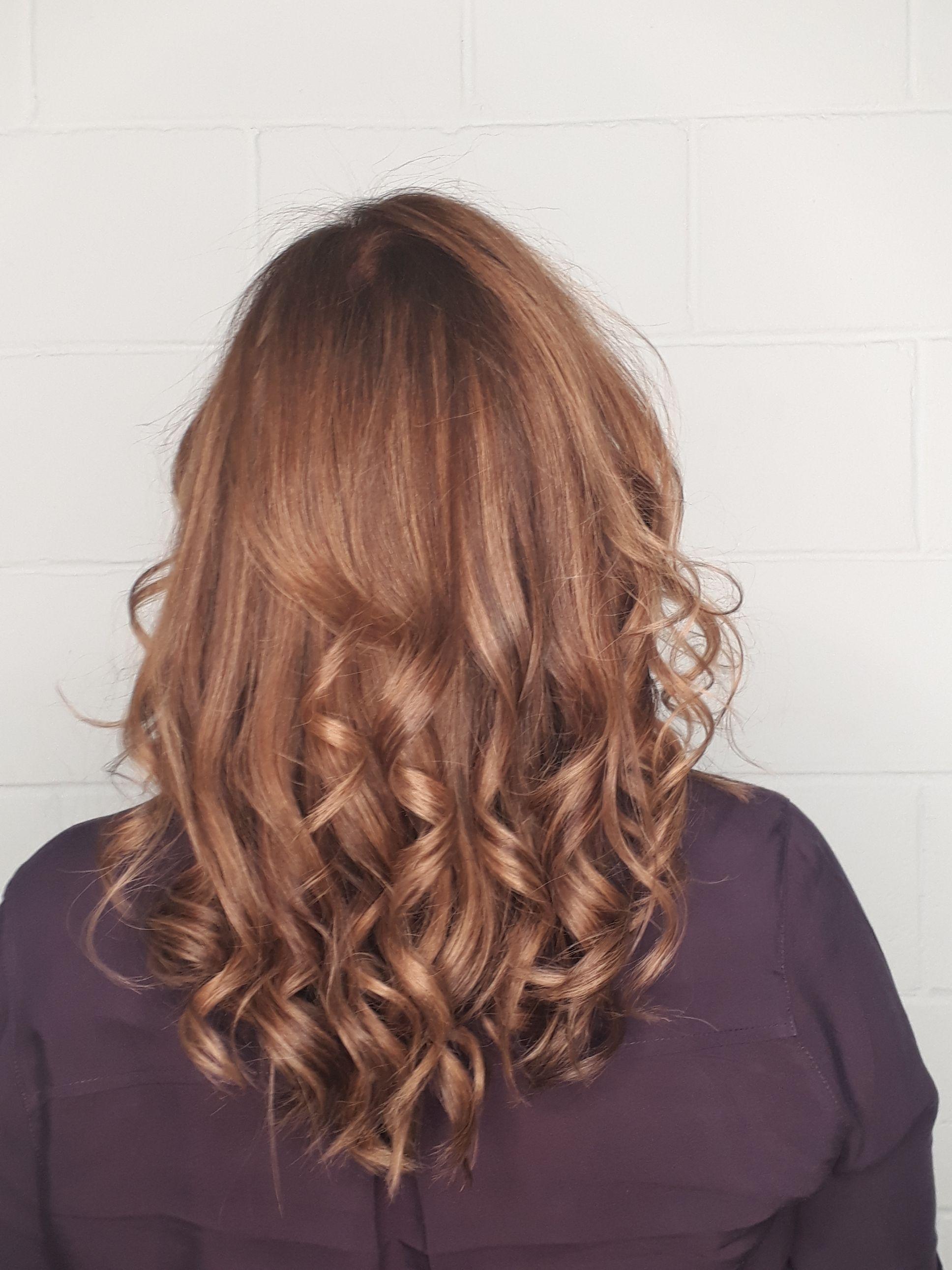 Mechas nos tons quente...trazendo  um  pouco  do cobre e dourado ... cabelo cabeleireiro(a) maquiador(a) designer de sobrancelhas