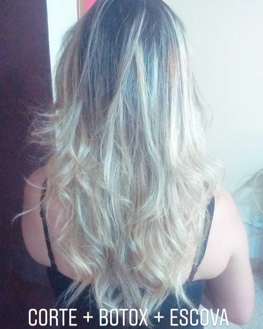 #hair #cabelo #loira #corte #morena #ombrehair  cabelo auxiliar cabeleireiro(a) maquiador(a) cabeleireiro(a)