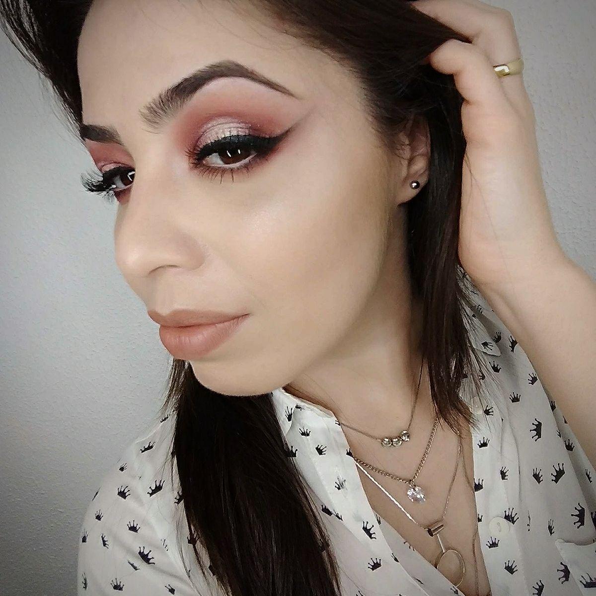Pálpebra Luz Rosa e Marsala maquiagem maquiador(a) consultor(a)