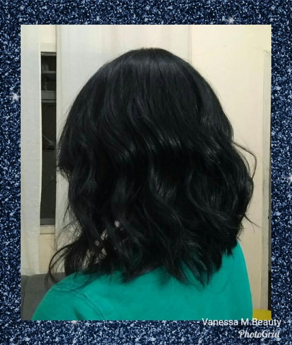 Corte bob assimétrico , reconstrução e finalização com ondas. cabelo auxiliar cabeleireiro(a) designer de sobrancelhas