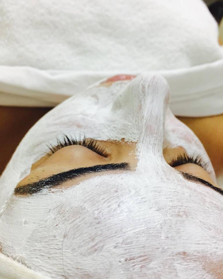 estética esteticista designer de sobrancelhas depilador(a)