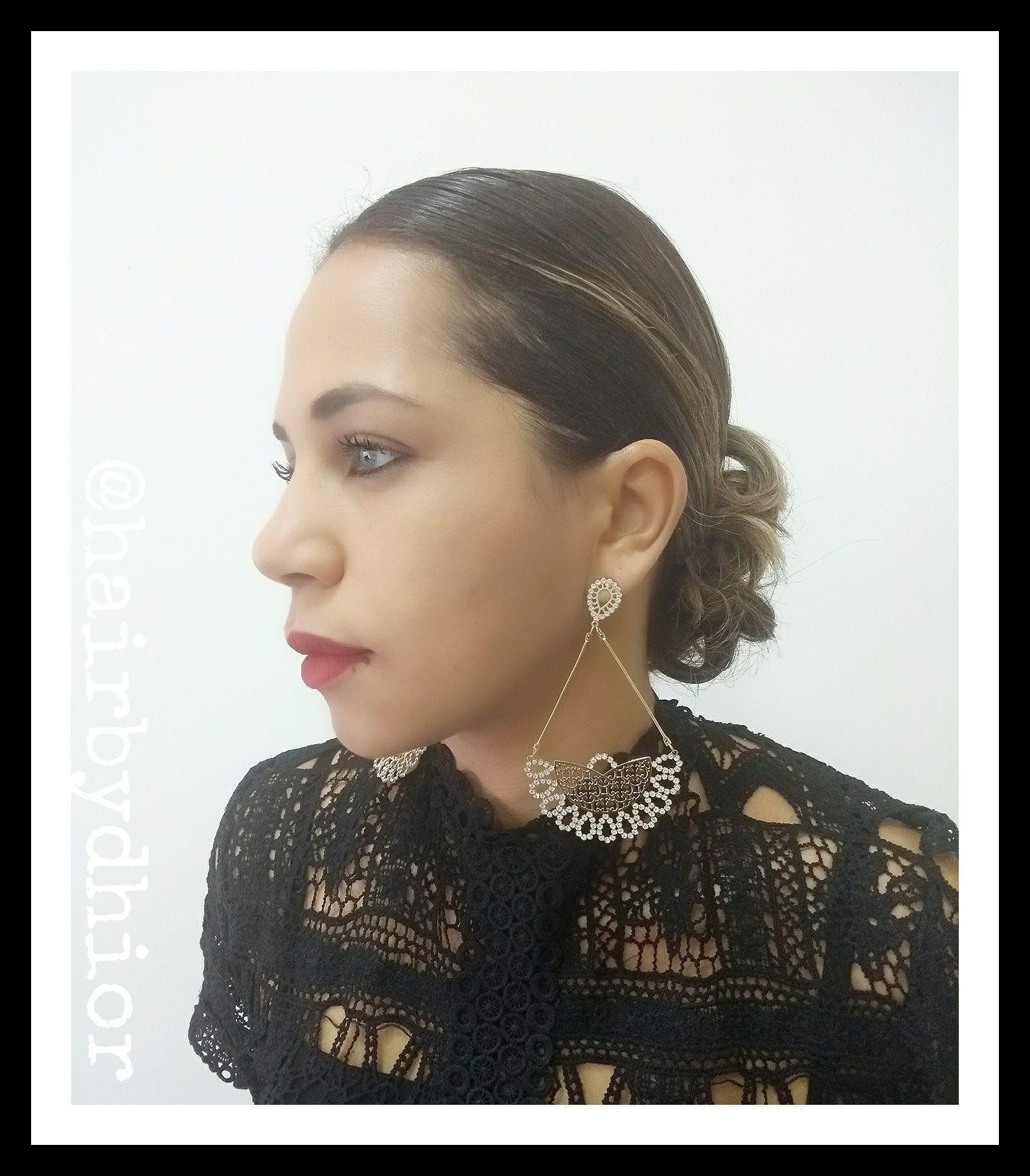Coque Despojado Baixo cabelo cabeleireiro(a)