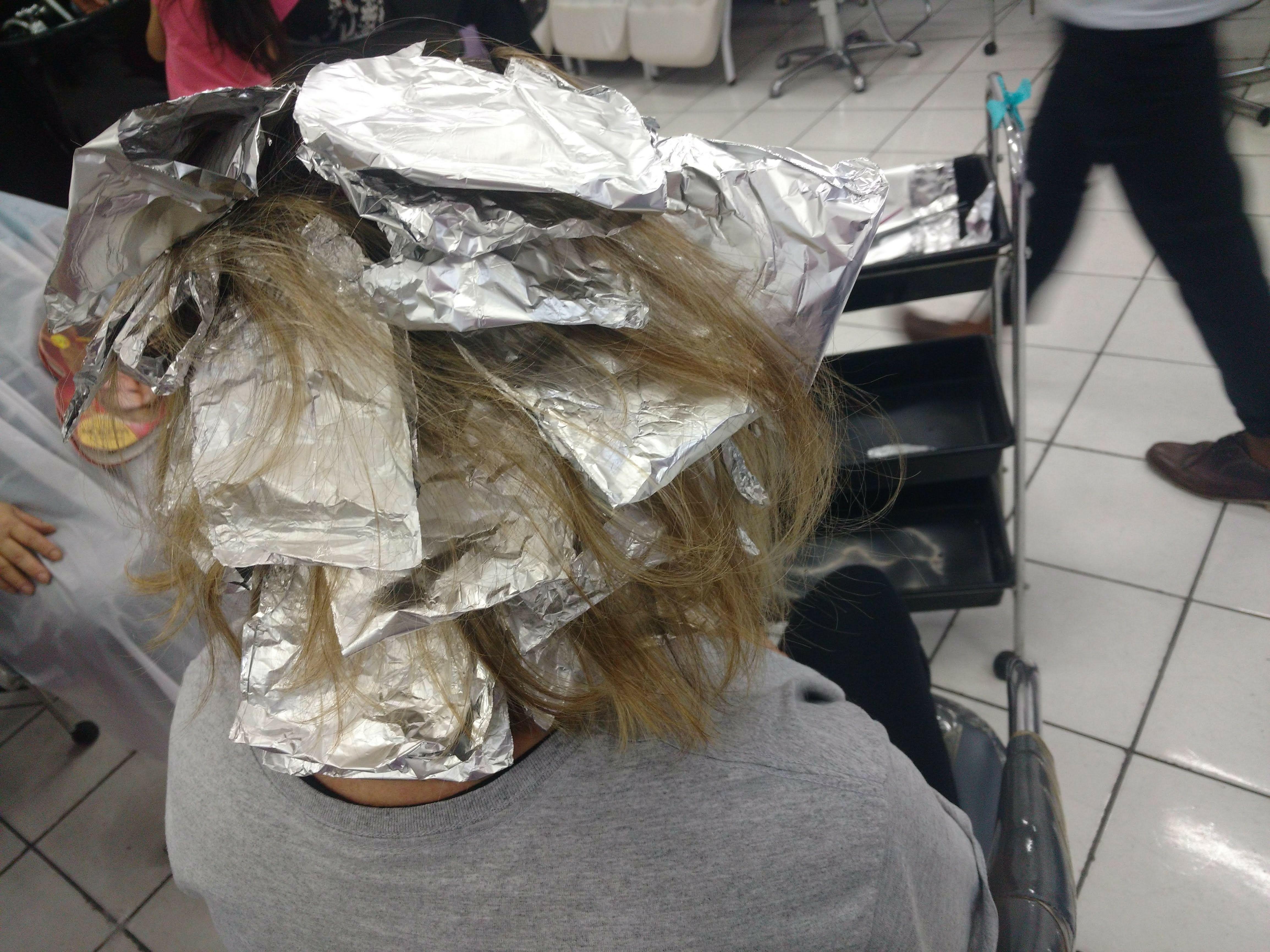 Técnica no papel cabelo auxiliar cabeleireiro(a)