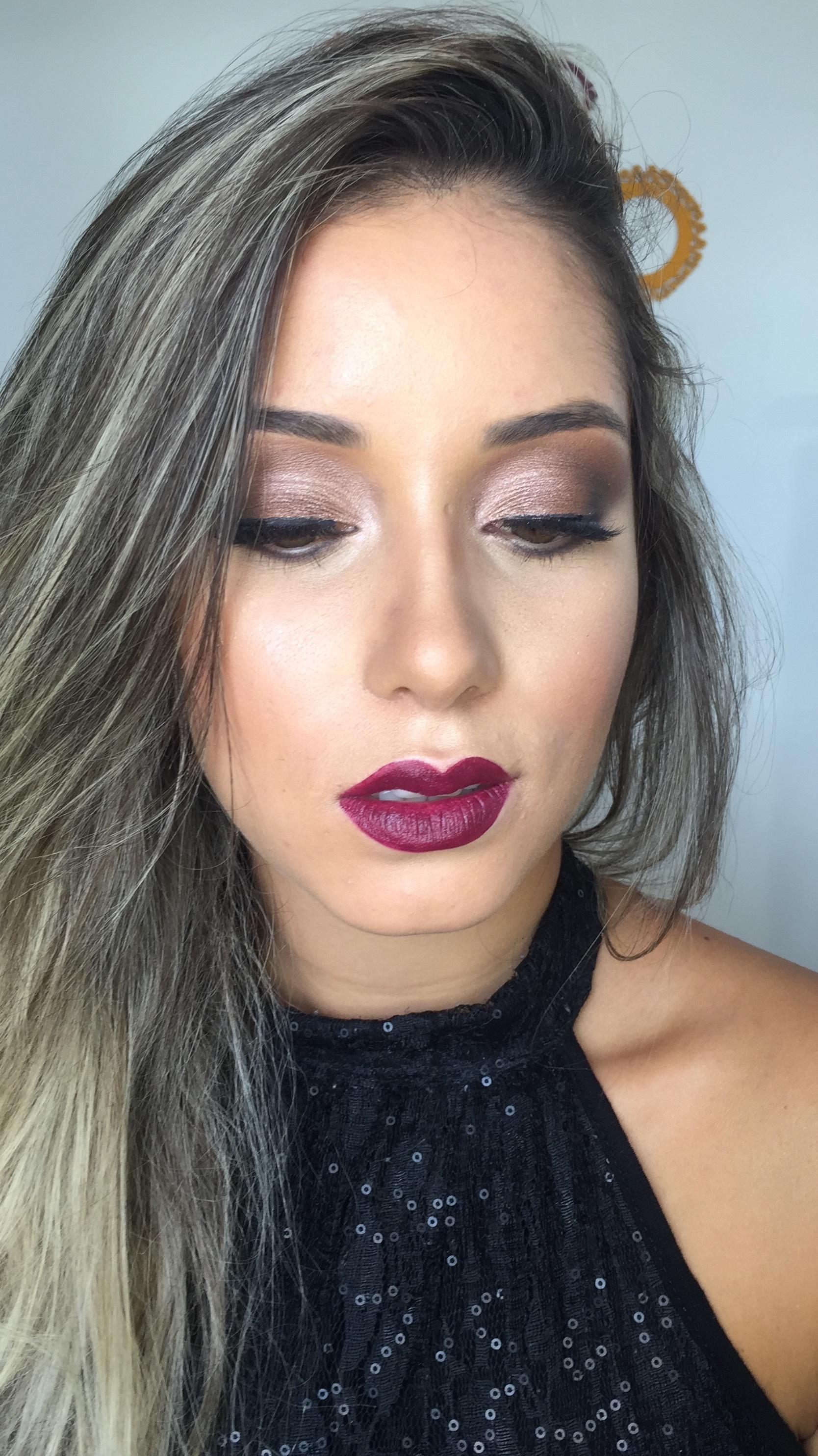 #maquiagemsocial #maquiadoraemdomicilio #makeuprenatagianetti maquiagem maquiador(a) designer de sobrancelhas micropigmentador(a)