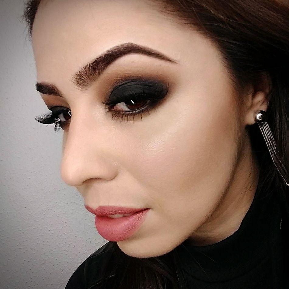 Smokey Eyes maquiagem maquiador(a) consultor(a)