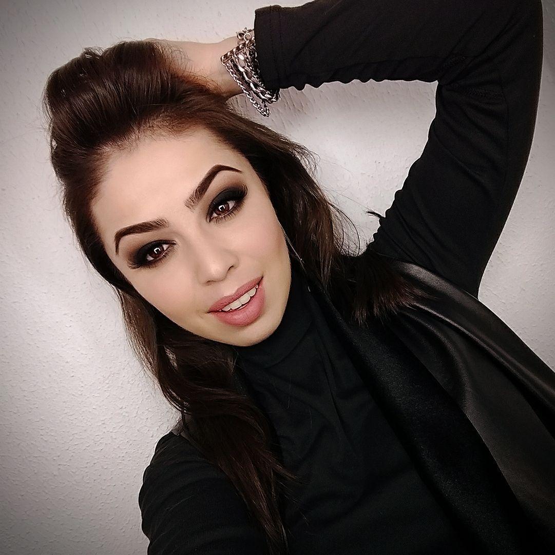 Smokey Eyes maquiagem maquiador(a) consultor(a) designer de sobrancelhas