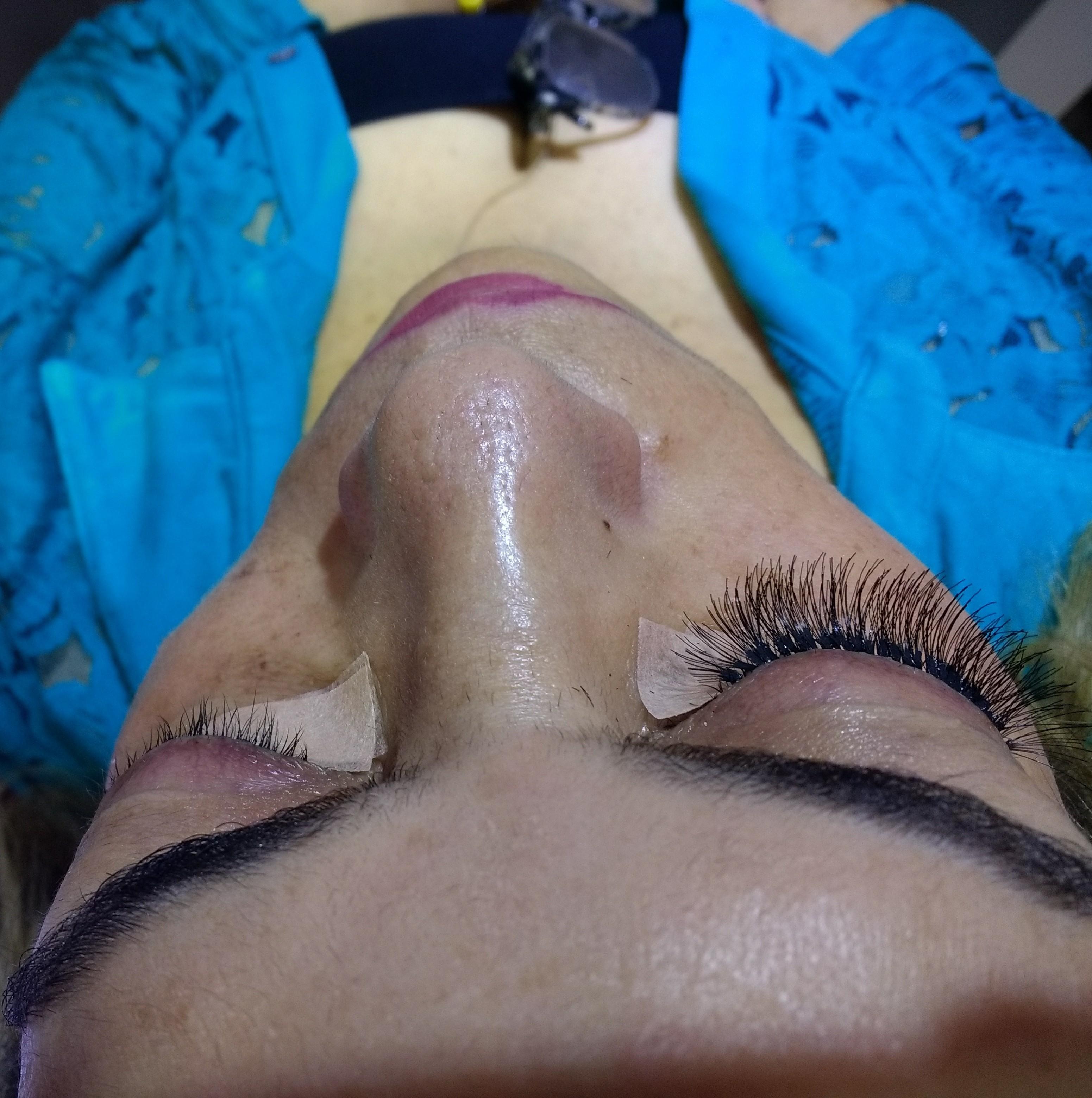 Alongamento de cílios tufinho estética designer de sobrancelhas