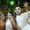 Maquiagem artística na Escola Rosas de Ouro  Ala Pierrô alguns integrantes