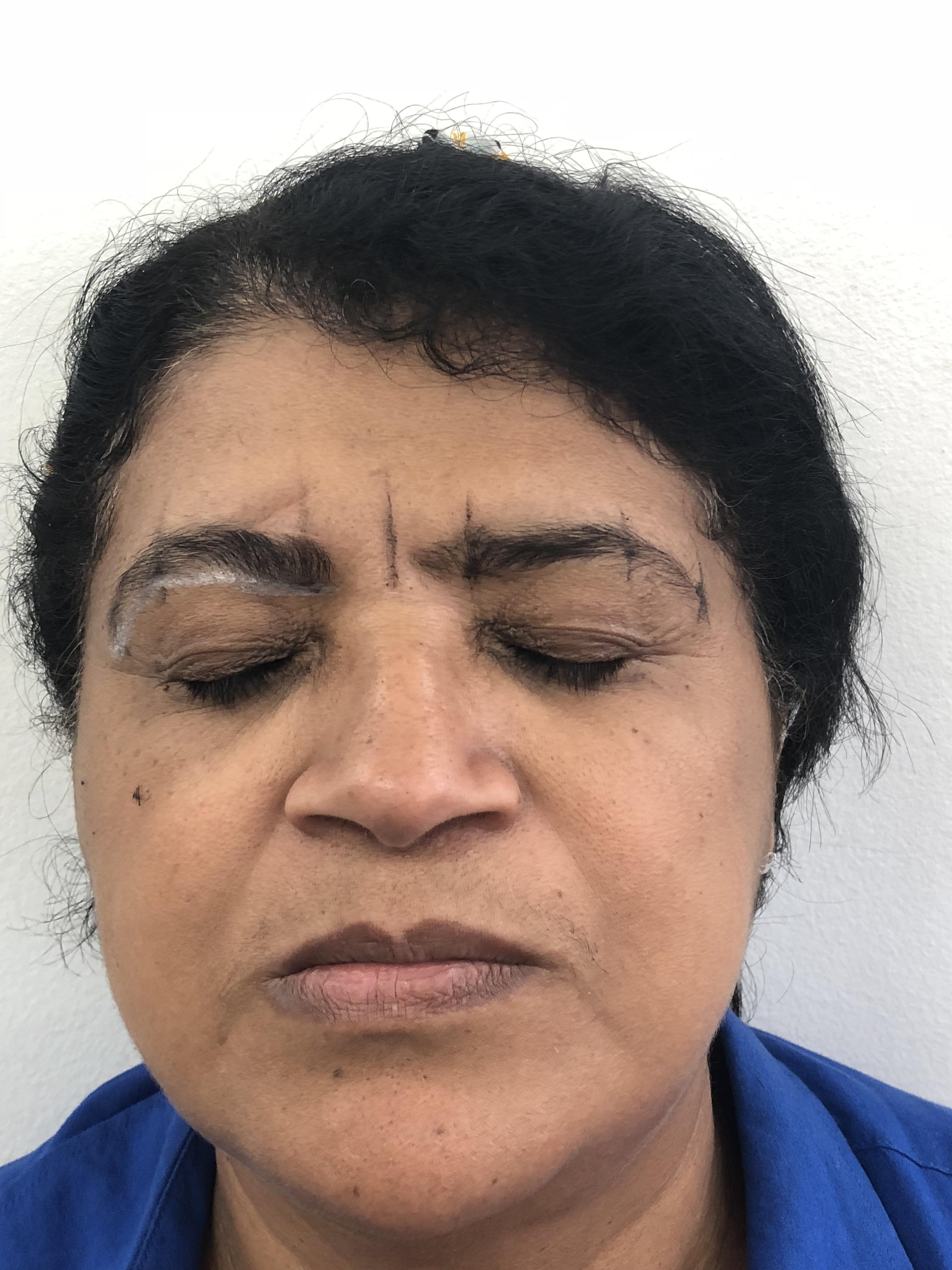 Procedimento:  Design de sobrancelha  Henna.  estética maquiador(a) designer de sobrancelhas outros micropigmentador(a)