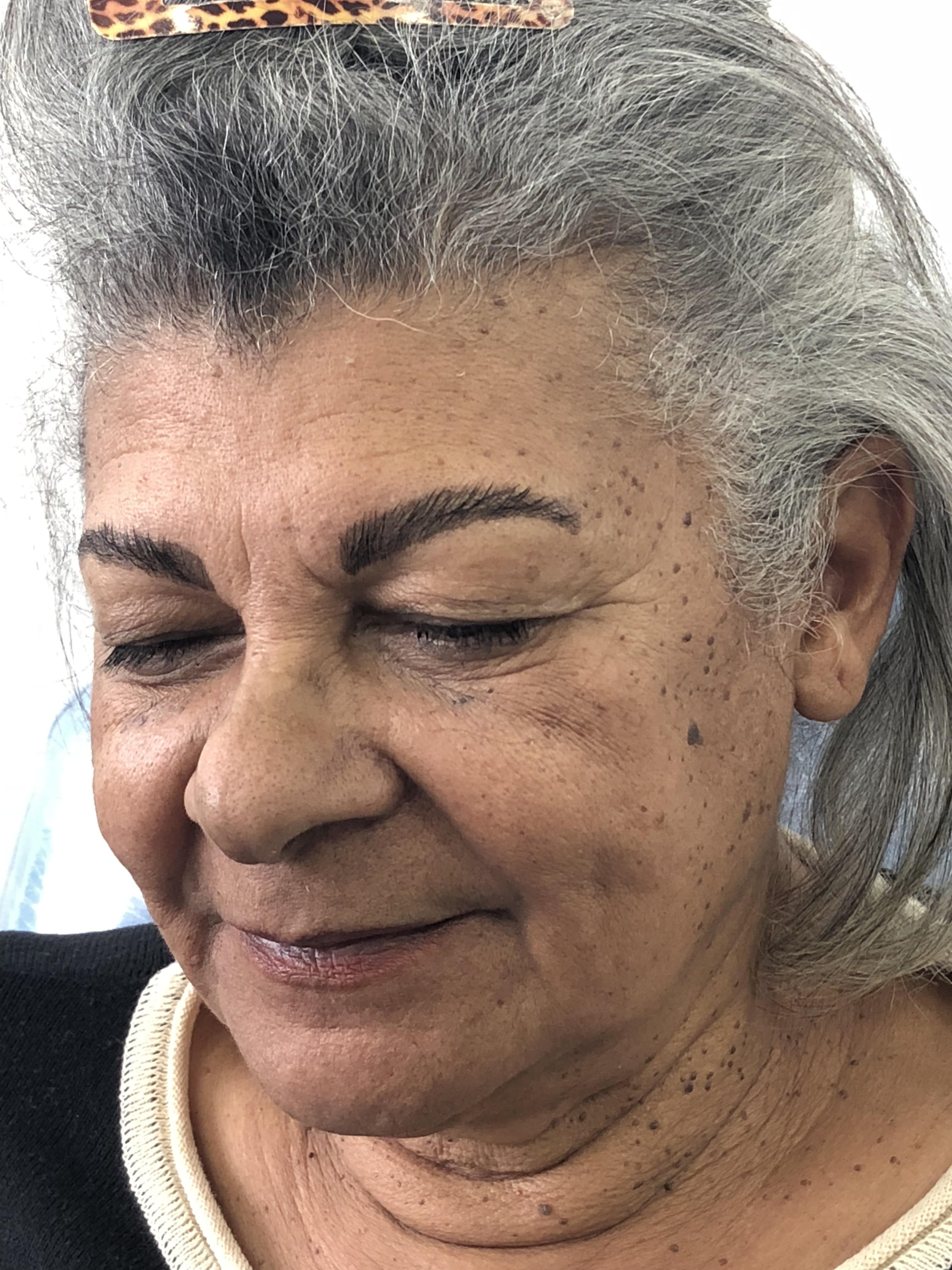 Procedimento:   Design de sobrancelha  Alisamento dos fios  Tintura  estética maquiador(a) designer de sobrancelhas outros micropigmentador(a)
