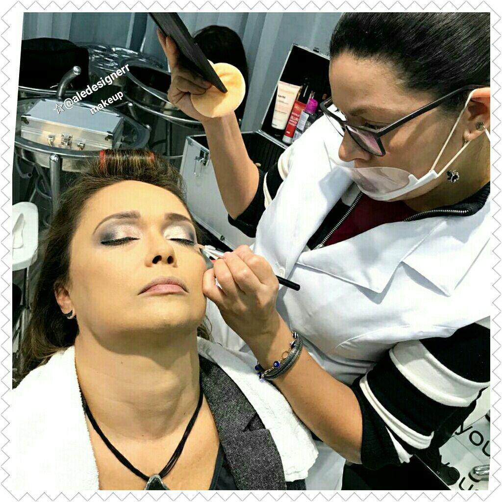 maquiagem depilador(a) designer de sobrancelhas manicure e pedicure