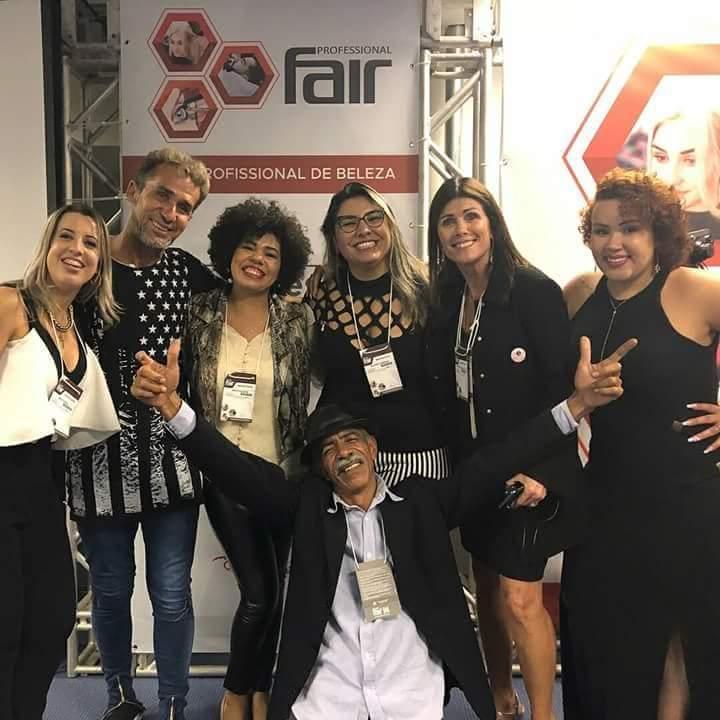 Congresso das manicures  na feira de beleza PROFESSIONAL FAIR 2018 em Belo Horizonte mais de 300 manicures participaram  unha