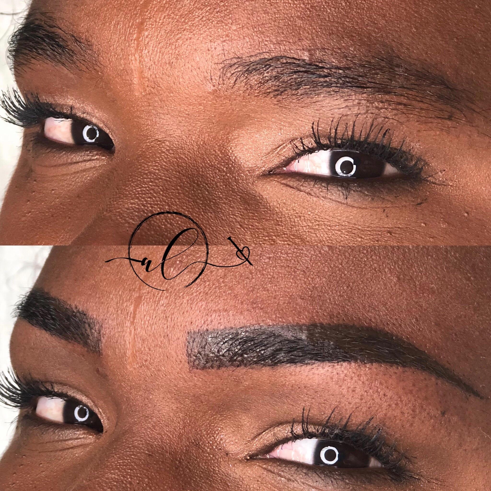 LIVING BROWS 🖊✨ outros micropigmentador(a) designer de sobrancelhas