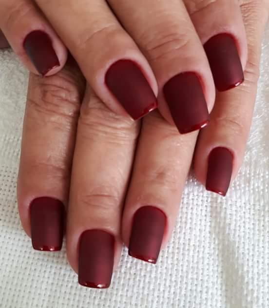 Vermelho fosco😍 amoo unha manicure e pedicure