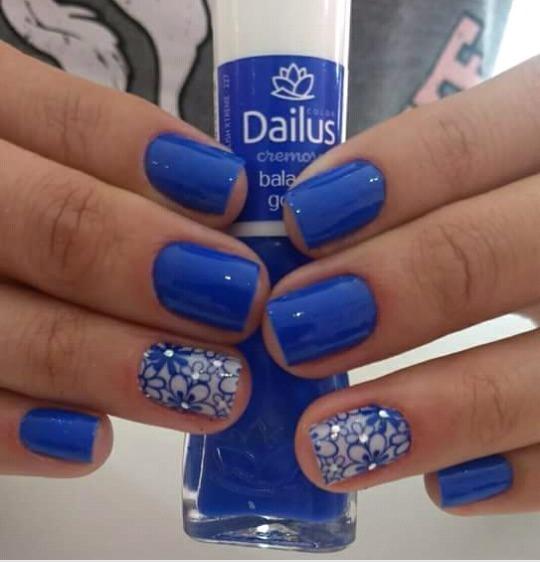 Azul que arrasa💅❤ unha manicure e pedicure