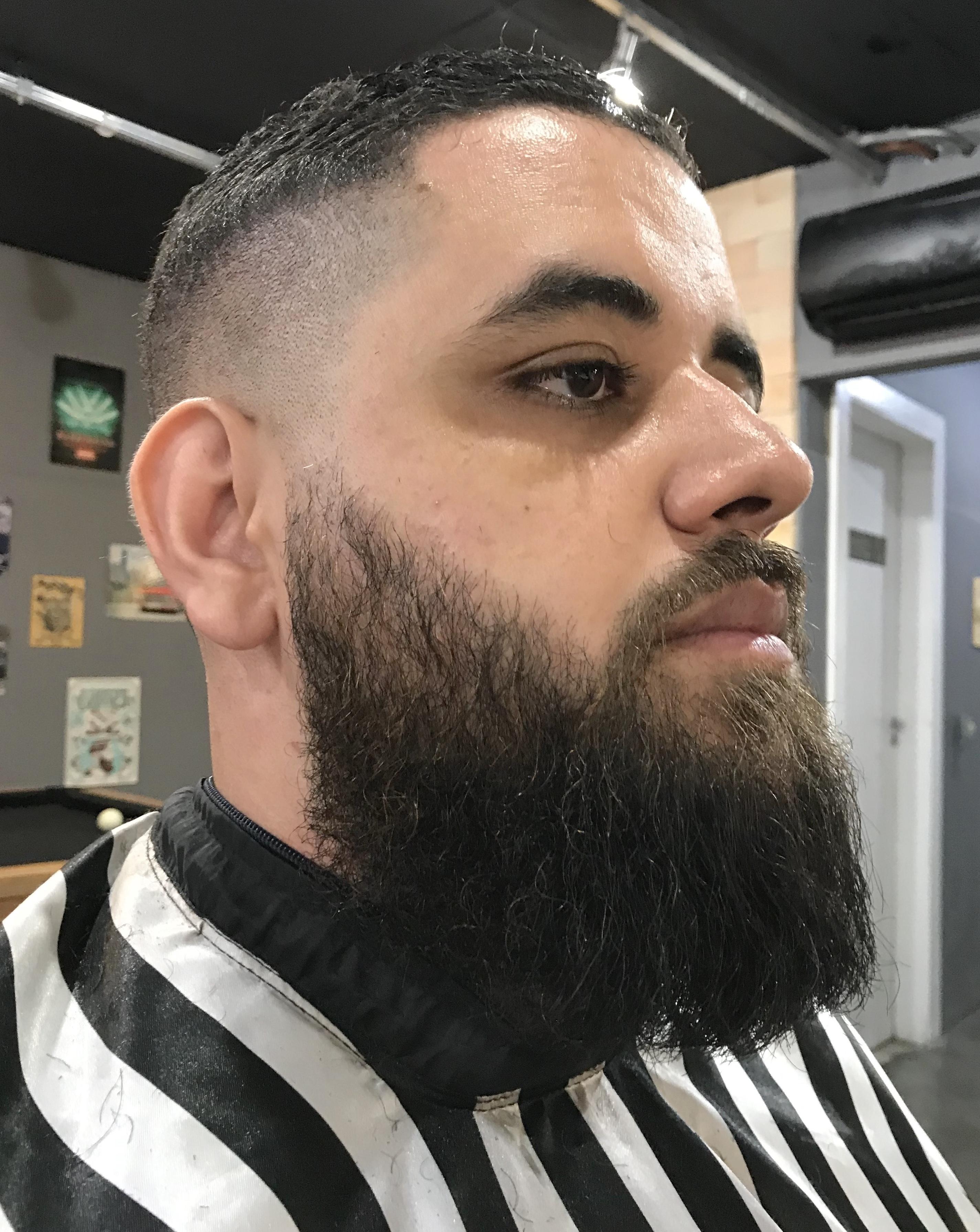Barba outros barbeiro(a)