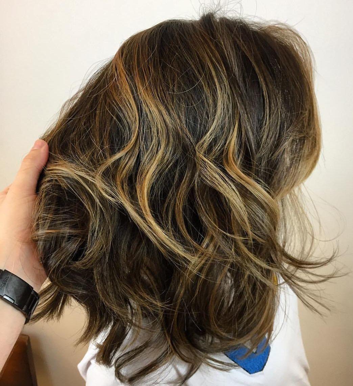 cabeleireiro(a) cabeleireiro(a) auxiliar cabeleireiro(a) auxiliar cabeleireiro(a)