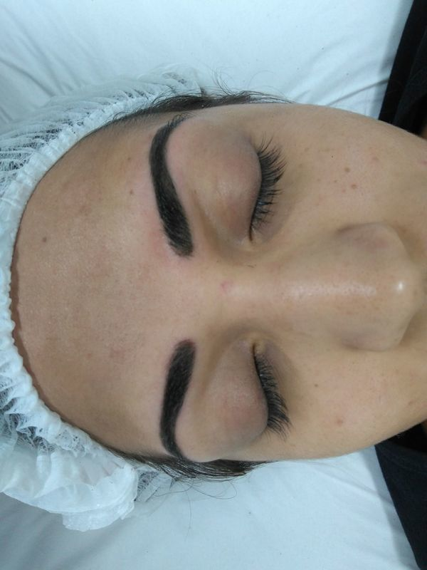 Micropigmentação esfumada estética maquiador(a) auxiliar cabeleireiro(a) designer de sobrancelhas