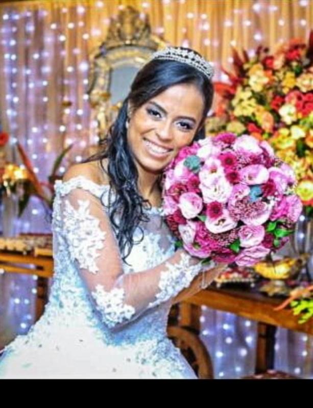 Noiva Daianna ✨  maquiagem maquiador(a) designer de sobrancelhas cabeleireiro(a) escovista depilador(a)