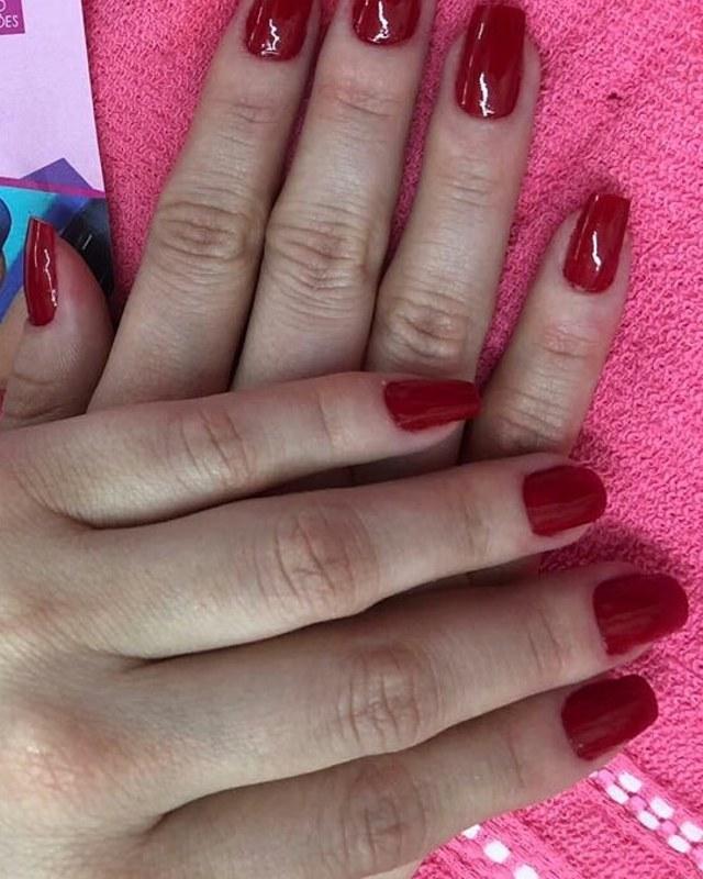 Unhas Naturais , Esmaltação em Gel  unha manicure e pedicure auxiliar cabeleireiro(a)