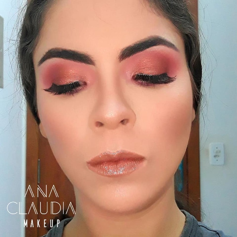 #instamakeup #wakeupandmakeup #makeupjunkie #lipstick #essence #matte #todaysmakeup #makeupcollection #makeuplips #lips #likeforlike #likeback #bblogger #fashion #beautyhacks #beautyblogger #beautypost #highlighter #brush #goldenrosei #penteado #perfect #inspiration #maquiagem #instablog #happy #makeupbyme maquiagem maquiador(a)