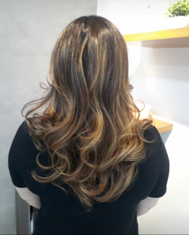 Slices mechas  cabelo cabeleireiro(a) maquiador(a) depilador(a) gerente consultor(a)
