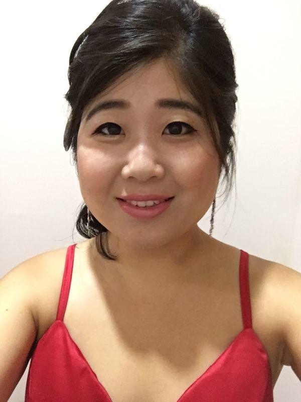 Maquiagem para formatura   #make #makeoriental #penteado  #makeuplifestyle #makestyle #make_up #belezaasiatica #belezanatural   #hair #penteados #tendência #koreanstyle #kbeauty #kcosmetic #kcosmetics #makeoriental #coreana #beleza #kpop #novidade #tendência #rotinacoreana #cuidadooriental #culturacoreana #empoderamento #feminina #thebest  #newlook maquiagem cabeleireiro(a) maquiador(a)