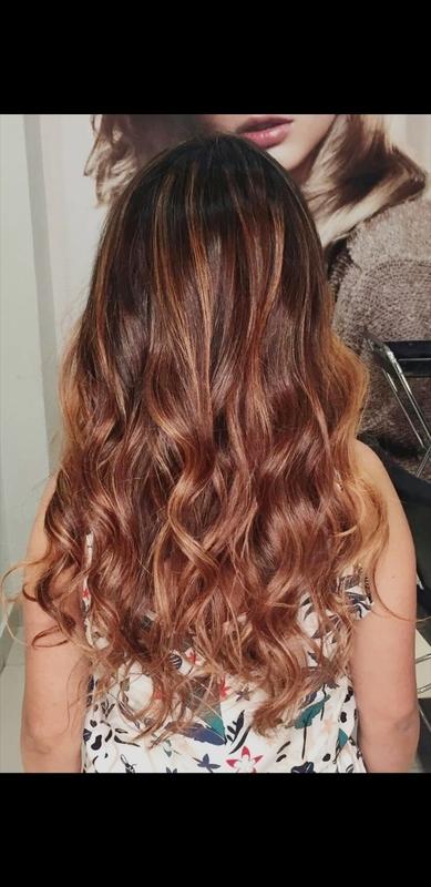 cabelo auxiliar cabeleireiro(a) cabeleireiro(a)