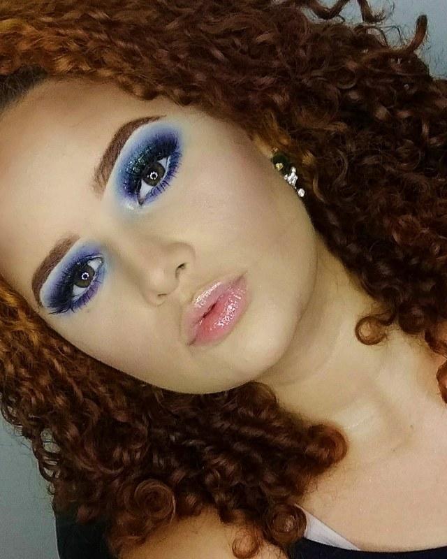 Cut luz em tons de azul, roxo e verde 😱 maquiagem maquiador(a) designer de sobrancelhas