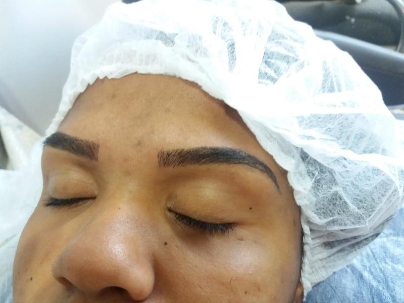 Microblaiding fio a fio. outros designer de sobrancelhas assistente maquiador(a) auxiliar cabeleireiro(a) depilador(a)