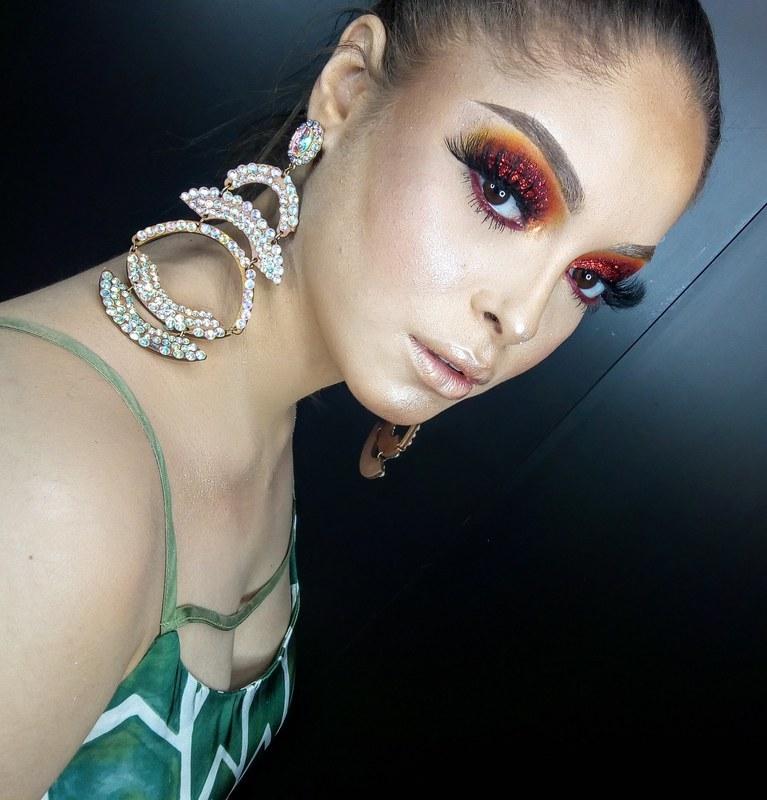 Mais uma dessa make poderosa 😍😍😍 Meu Instagram: @henrique_makeup   #makeup #maquiagemprofissional #maquiagem #beauty #brilho #make #linda # maquiagemsaopaulo #saopaulo #brasil maquiagem maquiador(a)