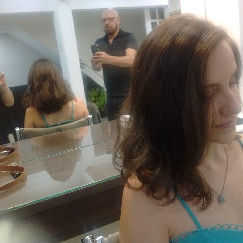 Long Bob moderno cabeleireiro(a) barbeiro(a) maquiador(a) designer de sobrancelhas depilador(a)