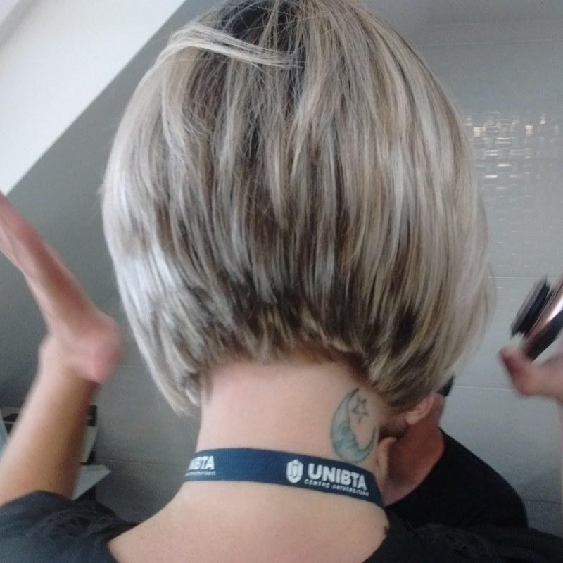 Aí q felicidade! cabelo cabeleireiro(a) barbeiro(a) maquiador(a) designer de sobrancelhas depilador(a)