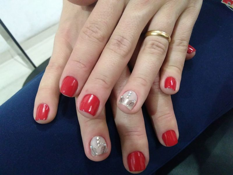 unha manicure e pedicure escovista