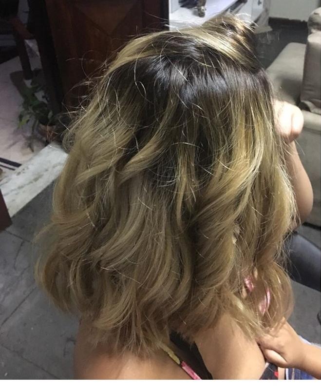 #cabelo#cabeloloiro#mechas#cabelolindo#cabeloondulado cabelo cabeleireiro(a) designer de sobrancelhas