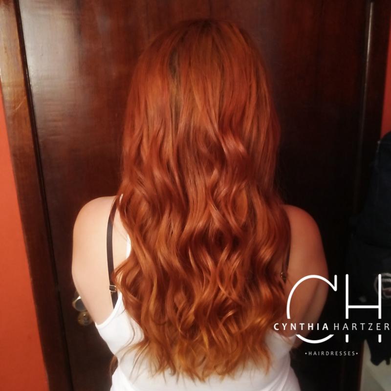 Matização para realçar a cor + corte + tratamento de reconstrução  cabelo cabeleireiro(a)