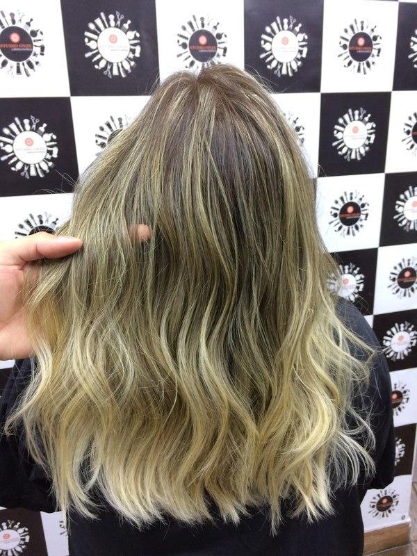 cabeleireiro(a) barbeiro(a) stylist / visagista