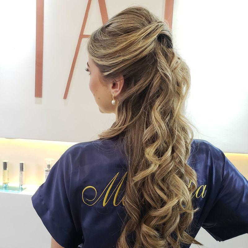 Penteado de madrinhas cabelo cabeleireiro(a)