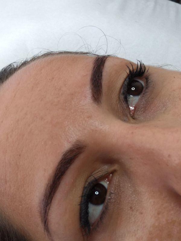 estética cabeleireiro(a) assistente esteticista designer de sobrancelhas