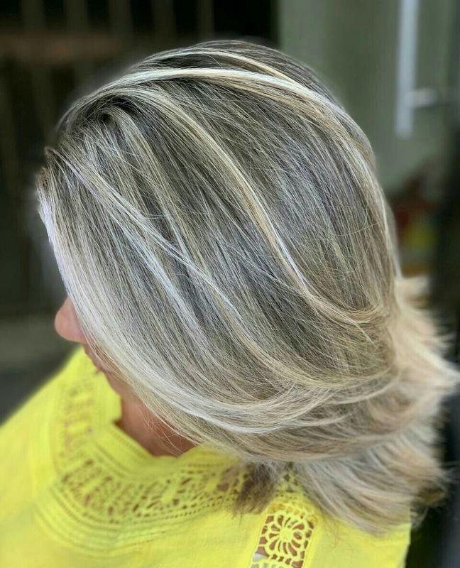 Mechas e tonalização. cabelo auxiliar cabeleireiro(a) barbeiro(a)