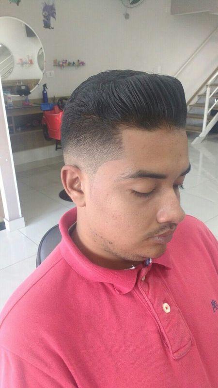 Graduação cabelo auxiliar cabeleireiro(a) barbeiro(a)