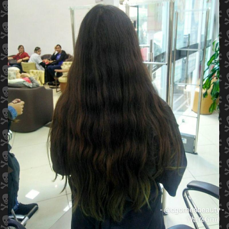 O antes do ombre azul cabelo maquiador(a) auxiliar cabeleireiro(a) designer de sobrancelhas