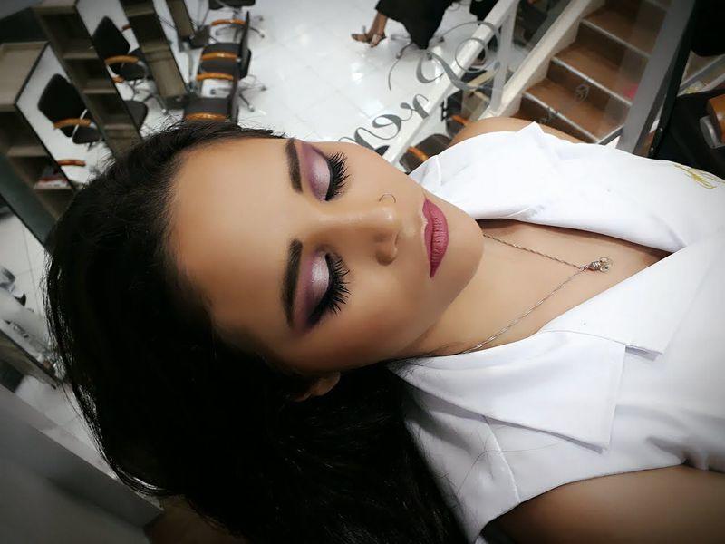 maquiagem cabeleireiro(a) stylist / visagista