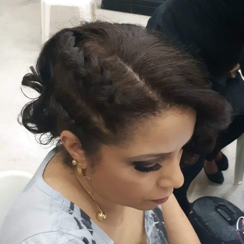 Teatro atrium cabelo auxiliar cabeleireiro(a) recepcionista designer de sobrancelhas